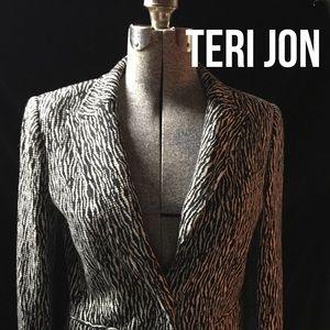 Teri Jon